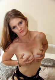 Kiara Lee